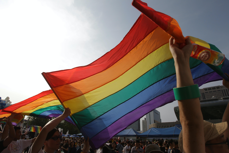 Gay pride rainbow plain bead wristlet bracelet