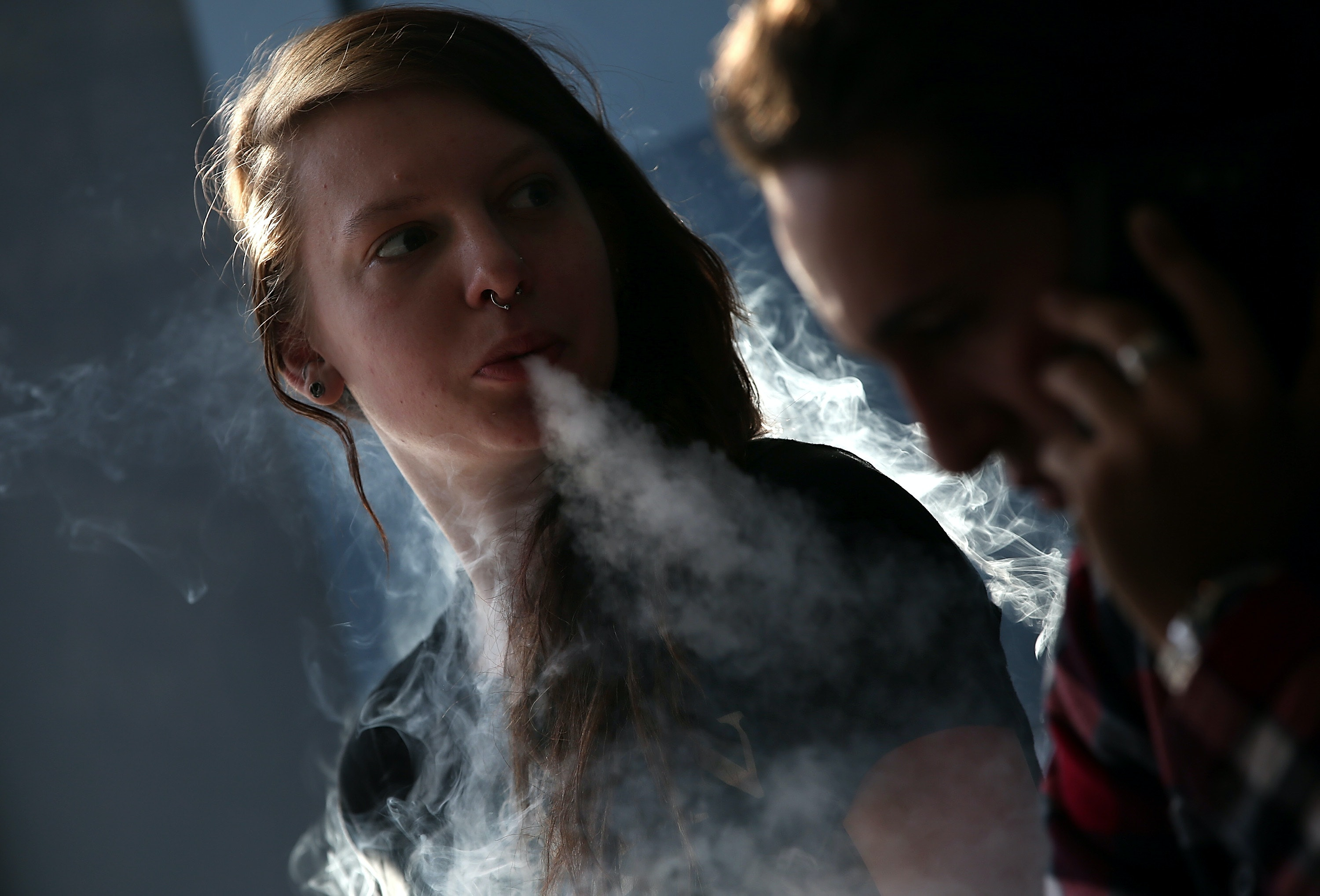 11 Health Mistakes People Make When Vaping