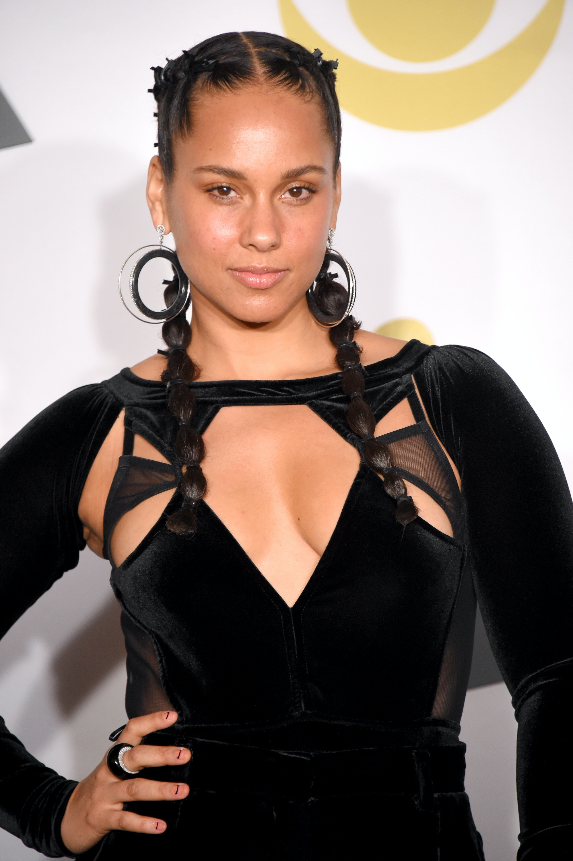 Alicia Keys New Short Red Hair Proves Shes A Girl On Fire