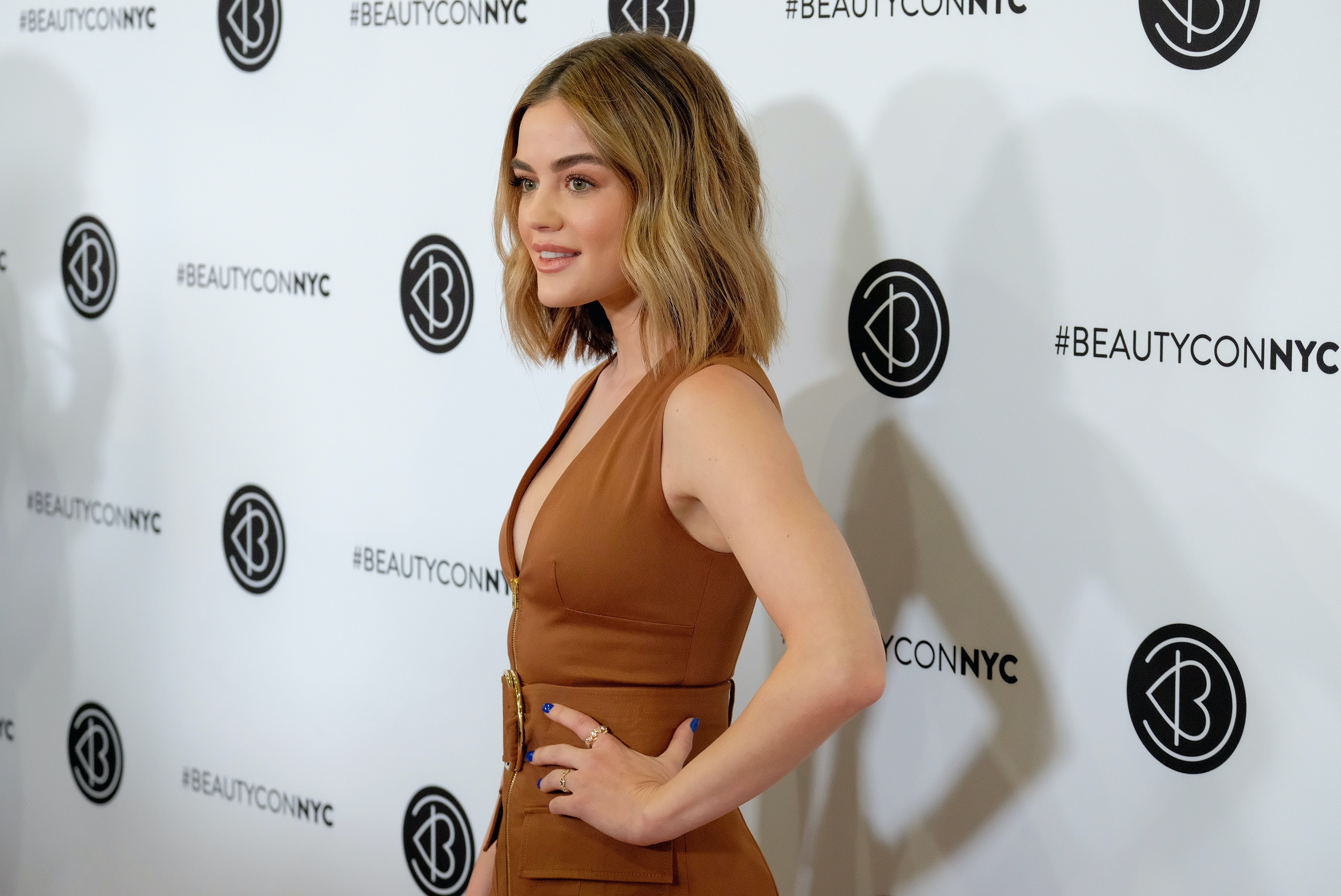 Lucy Hale S New Haircut Is Even Shorter Than Her Last Now I M Grabbing My Scissors Too