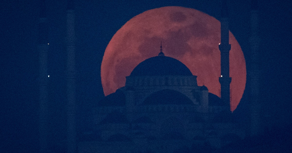 blood moon religious meaning - photo #34