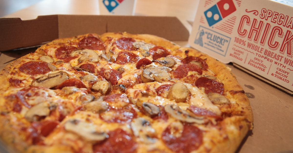 Domino's Pizza Has A 50 Percent Off Deal For All Online Pizza Orders This Week �...