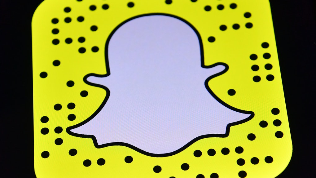 Here's How To Use Snapchat's Voice-Controlled Lenses, & I