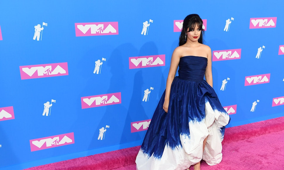 Camila Cabello\'s 2018 VMAs Dress Looked Like A Purple Wedding Gown ...