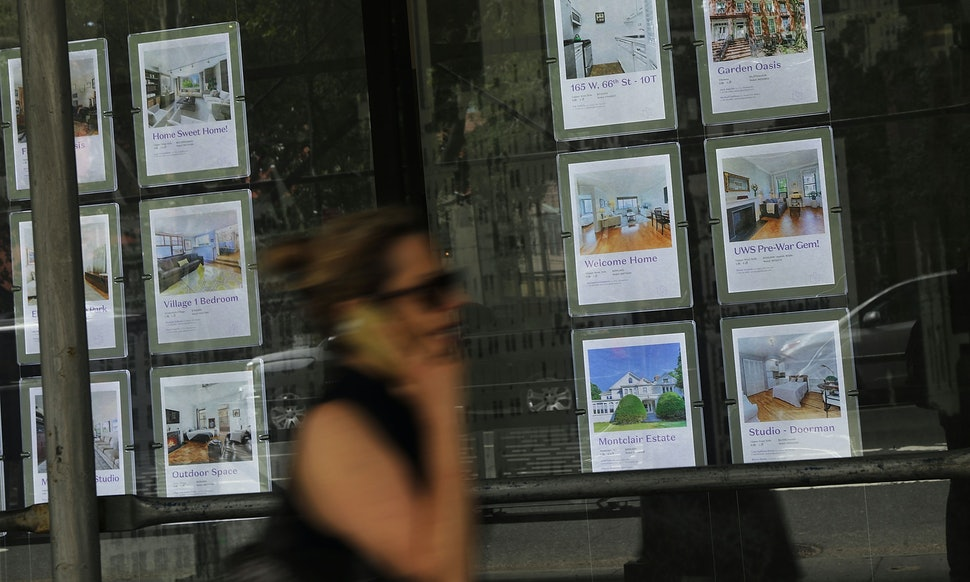 How To Avoid A Rental Scam When Searching For A New Apartment