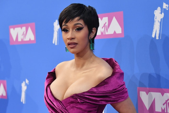 Is Cardi Bs Hot Pink Hair Real Its Like Nothing The Rappers Ever