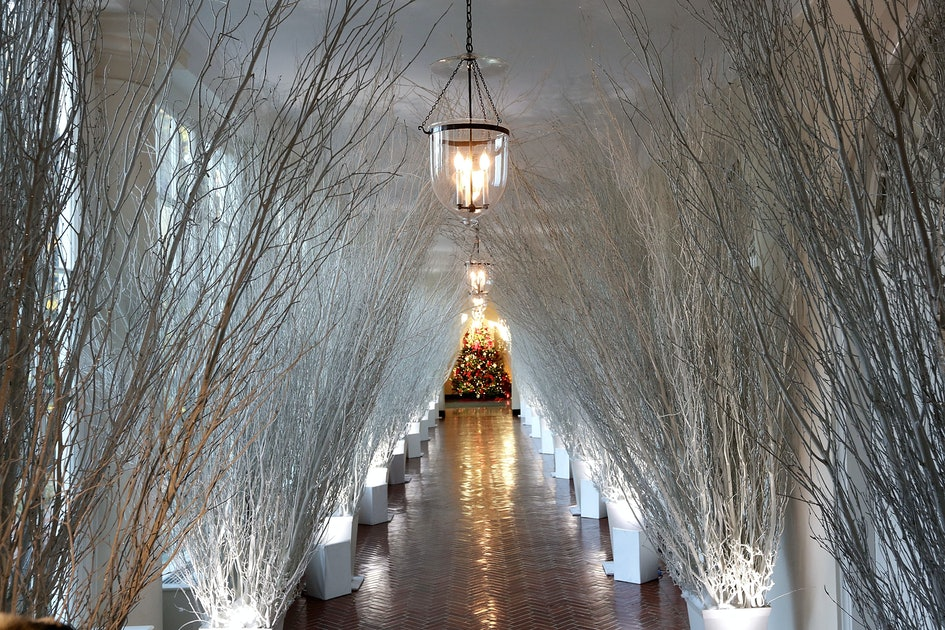 Help With Christmas 2018 Melania Trump Wants Christmas Volunteers To Help Her Decorate The  Help With Christmas 2018