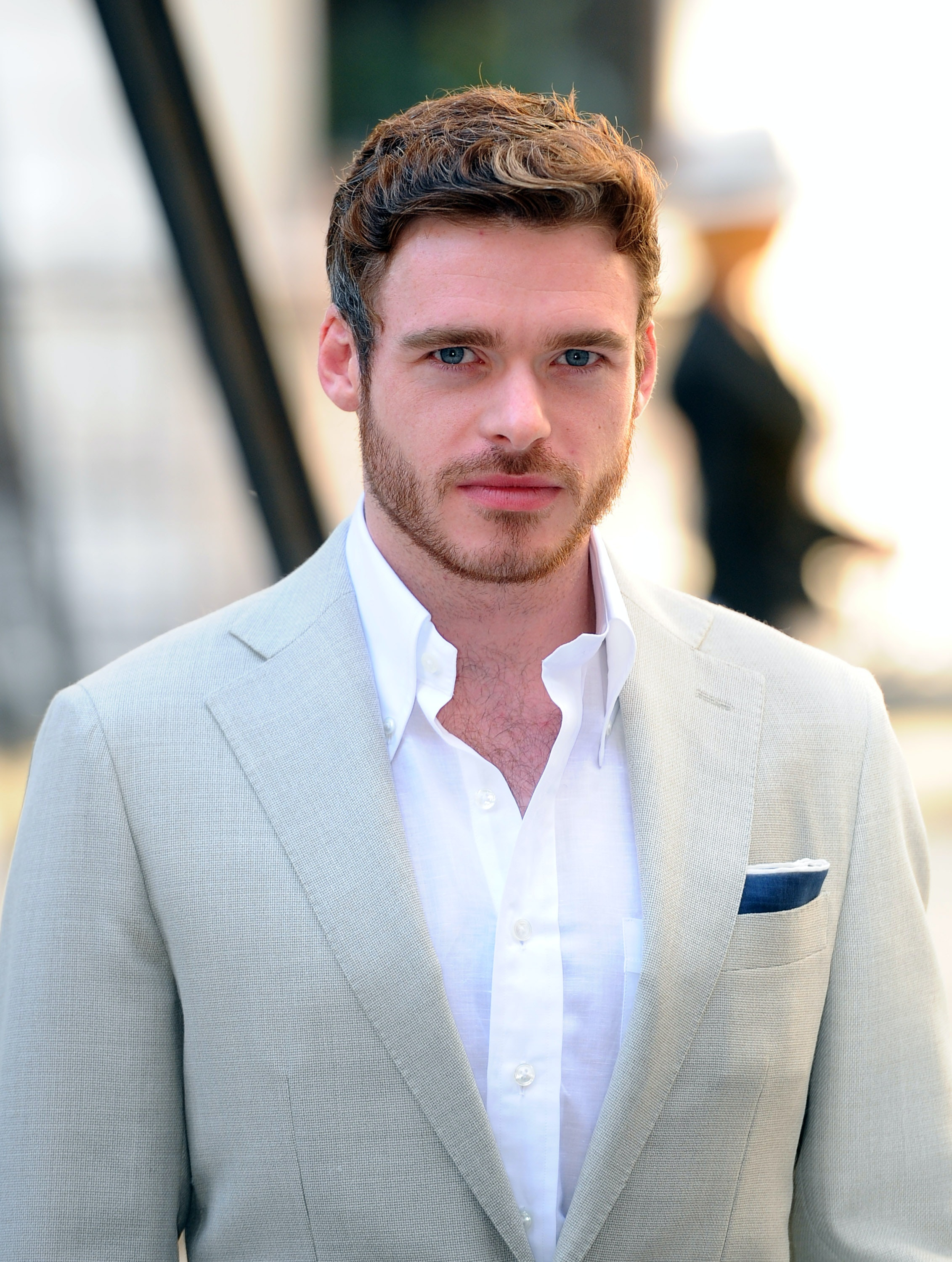 Is Richard Madden Single He Keeps A Low Dating Profile
