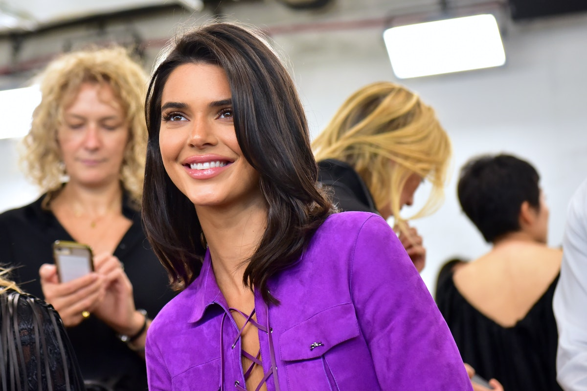 Kendall Jenner's Neon Green Set Is A Chic Approach To Airport Style