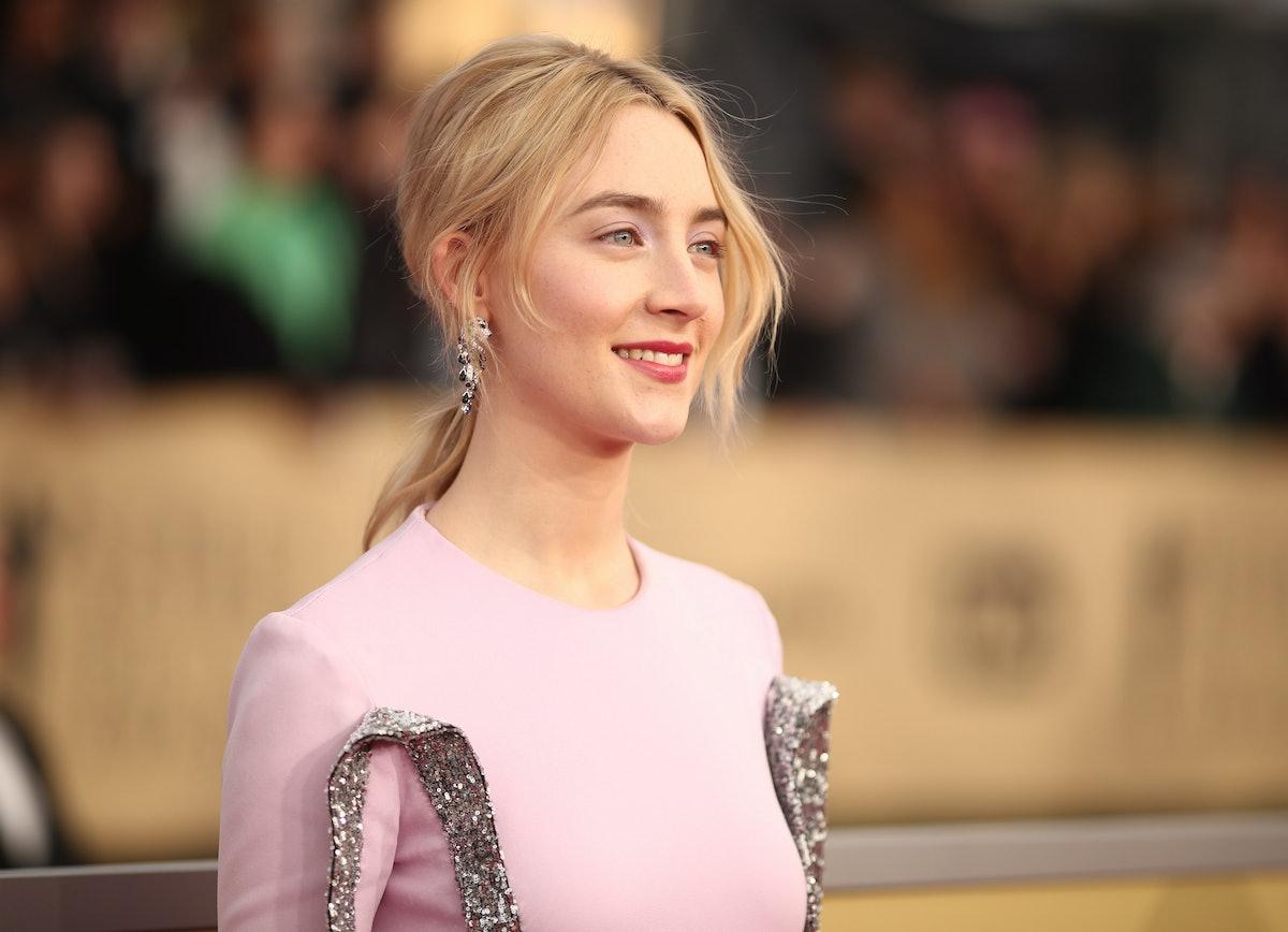 6 Ponytails For Short Hair Inspired By Kate Bosworth, Yara Shahidi, & More