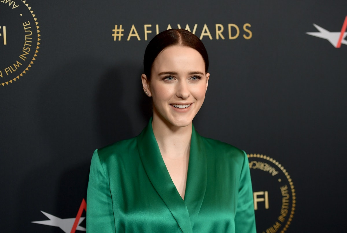 Rachel Brosnahan's 'SNL' Hosting Debut Is Getting So Much Love On Twitter