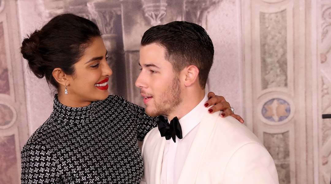 04a5d1508c Priyanka Chopra's 4th Wedding Reception Outfit Was Understated Perfection