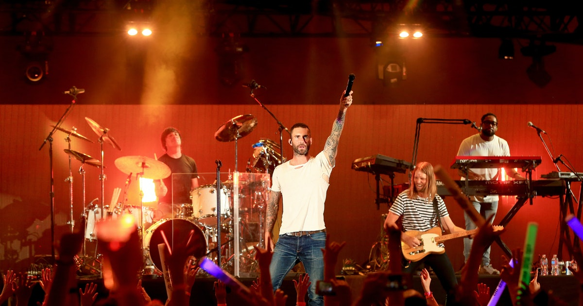 Maroon 5's Pre-Super Bowl Press Conference Has Been Canceled & Fans Have A Pretty Good Guess As To Why