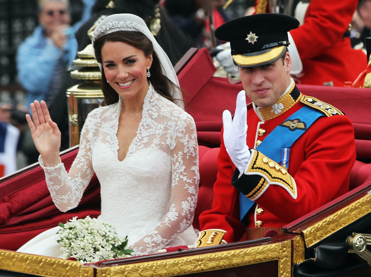 7 Wedding Dresses Like Kate Middleton's That Are Chic & Timeless
