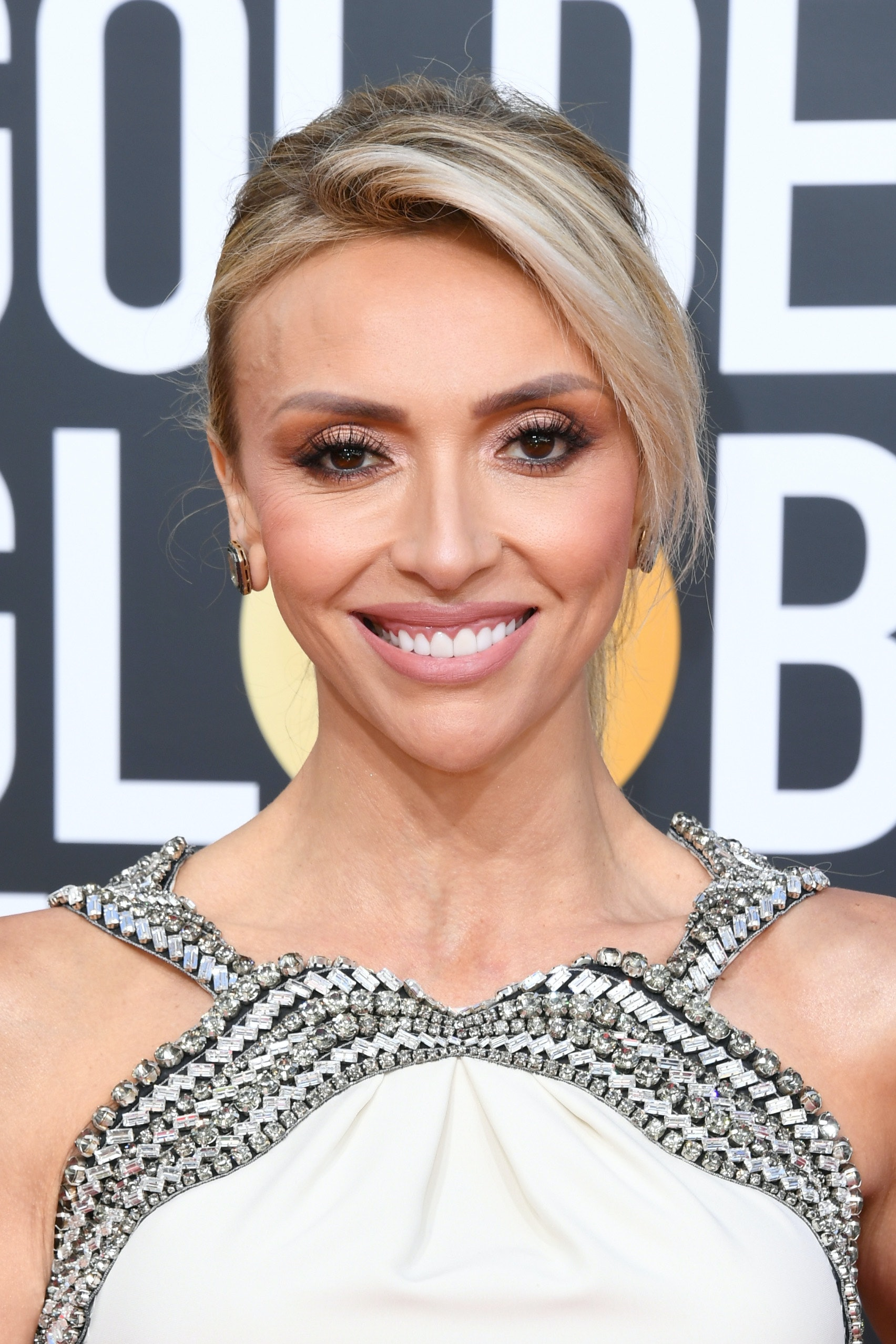 Every 2019 Golden Globes Beauty Look Is Stunning See Them Here