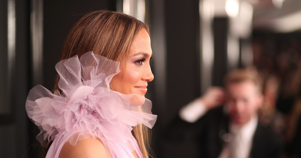 All Of Jennifer Lopez's Engagement Rings Hit On The Same Major Jewelry Trend