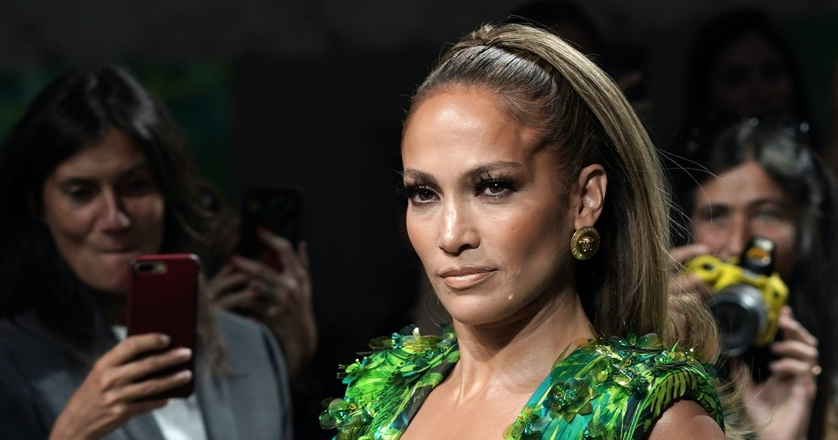 10 Of Jennifer Lopez's Most Beautiful Outfits That Have Me On The Floor