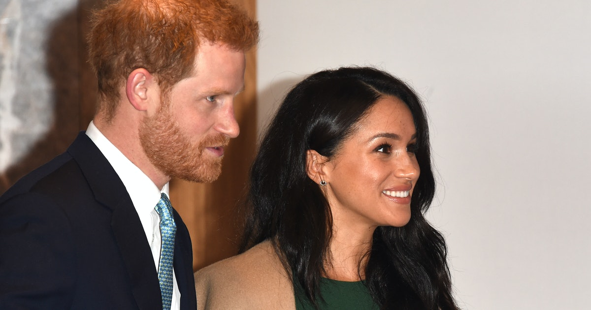 Meghan Markle Re-Wore Her Green Engagement Dress AND One Of Her Old Coats