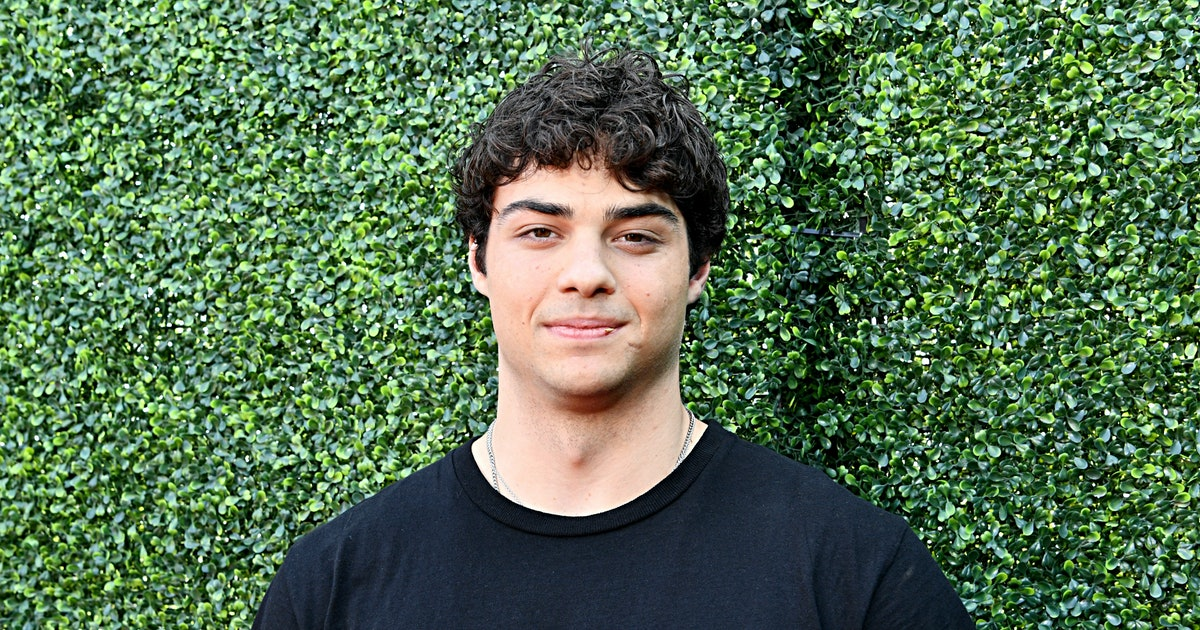 Noah Centineo Shaved His Head & I Can't Stop Screaming About It