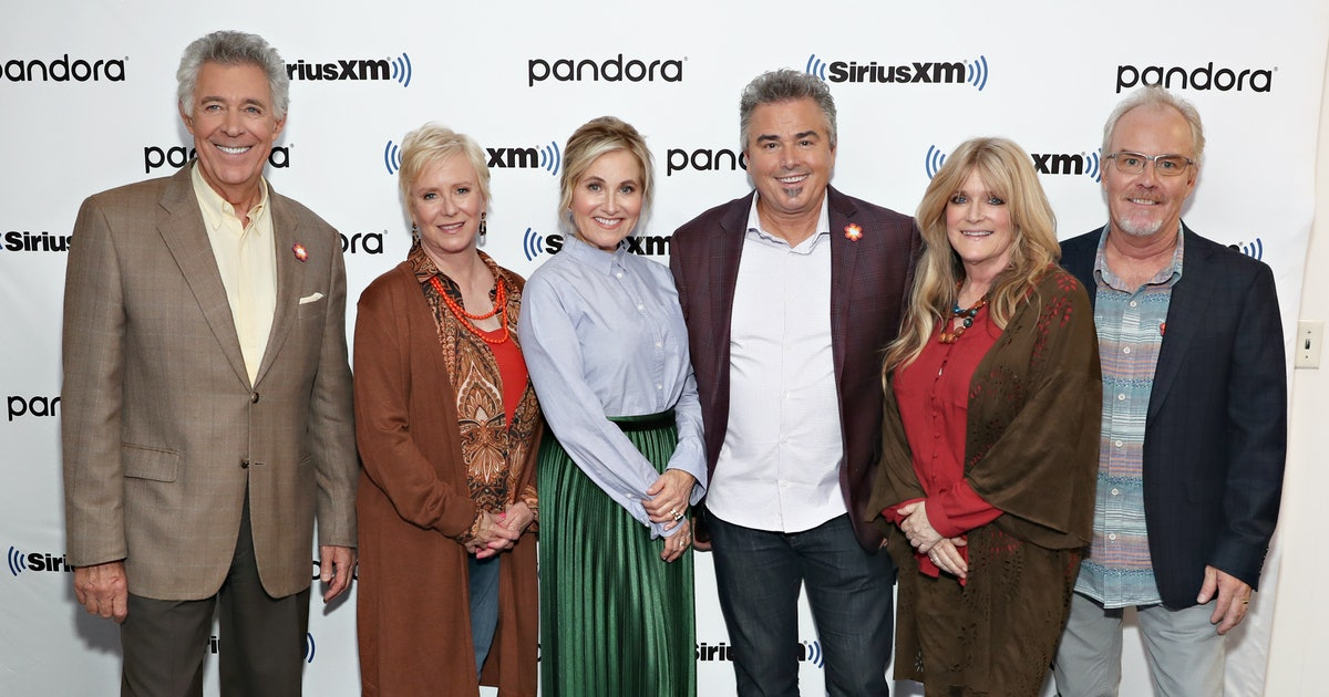 The 'Brady Bunch' Cast Is Celebrating Their First TV Holiday In Over A Decade