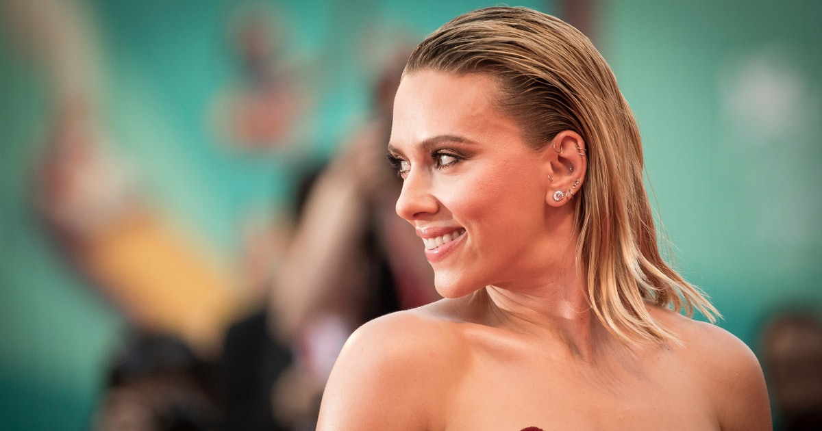 Scarlett Johansson's Pink Miu Miu Outfit Took More Than A Month To Design