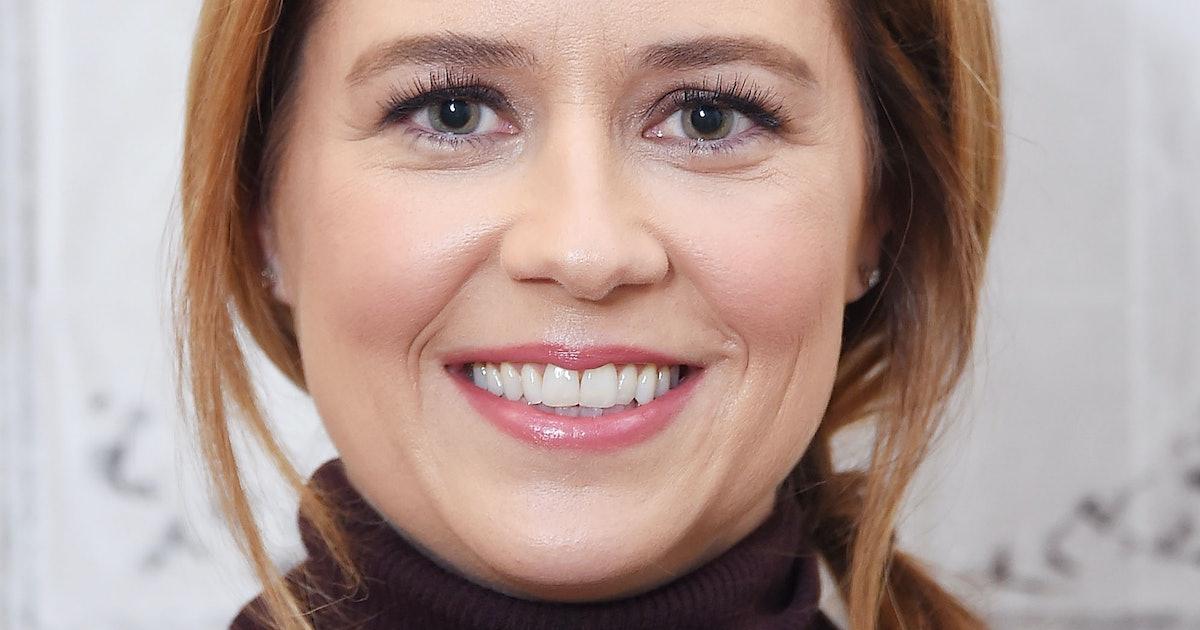 Chrissy Teigen's Jim & Pam Divorce Theory Was Settled By Jenna Fischer