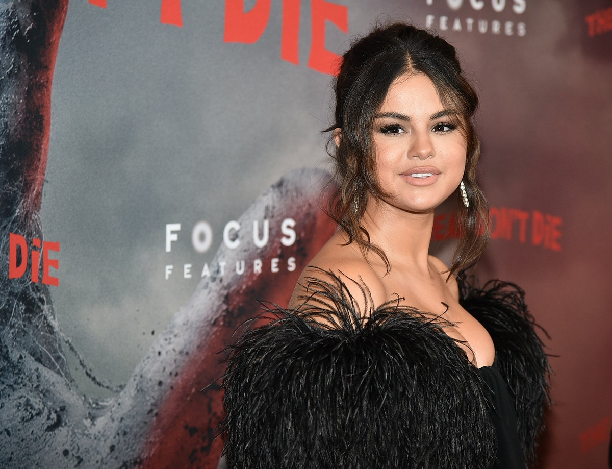 Selena Gomez new single and music video is awesome.