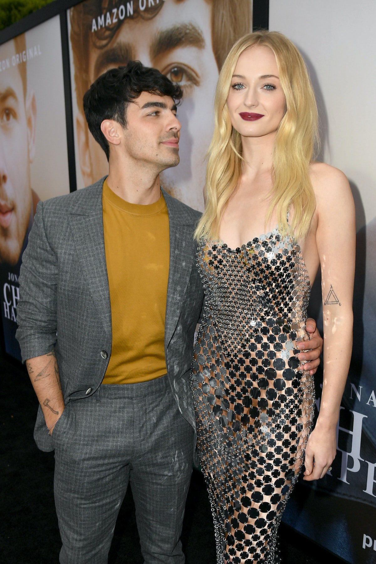 The couple is Chasing Happiness in this Sophie Turner and Joe Jonas Couples Halloween Costume Idea