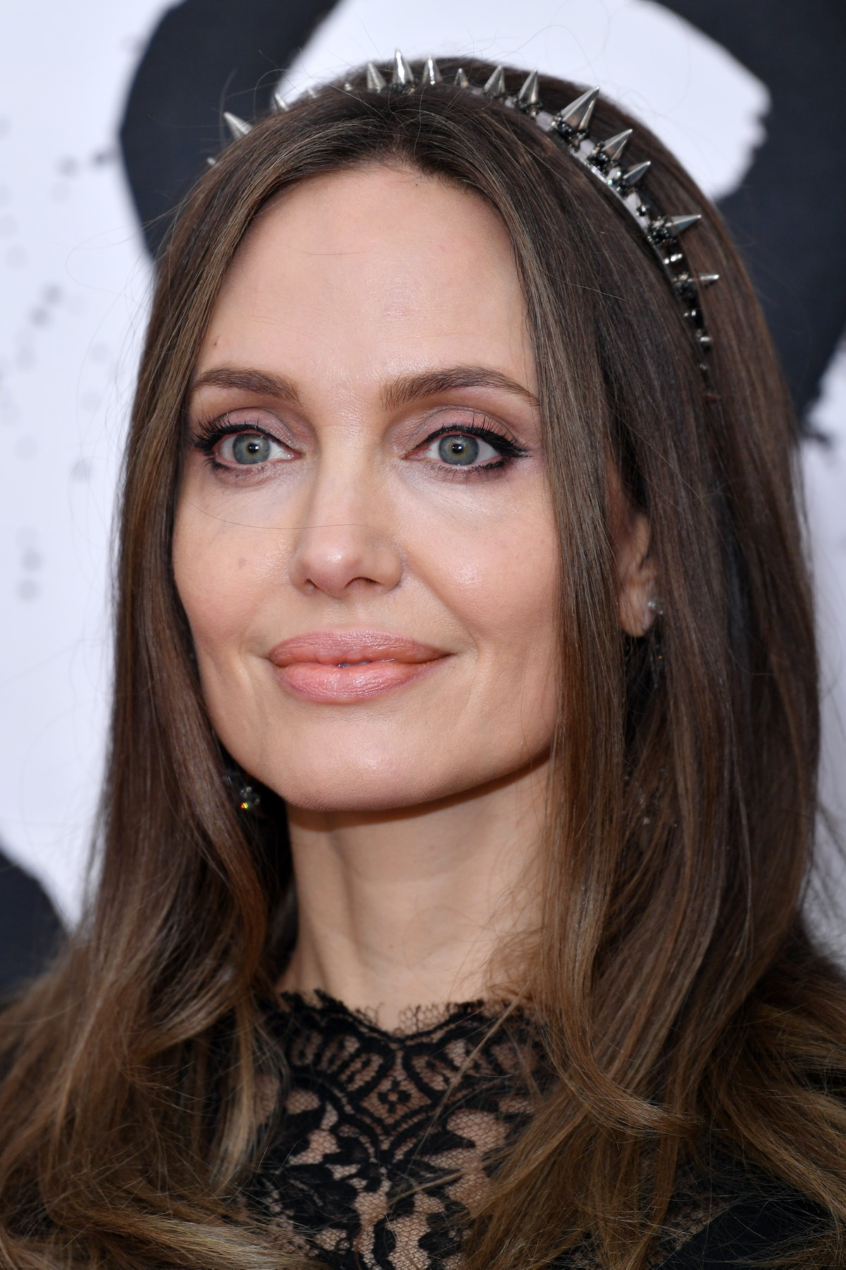 Night-out hairstyles inspired by Angelina Jolie