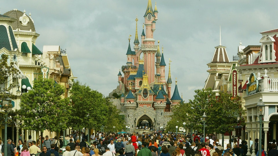 Disneyland guests may have been exposed to measles earlier this month, according to a recent health advisory.