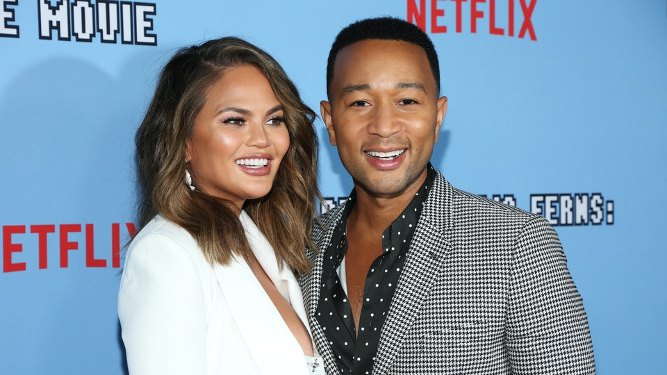 John Legend dropped everything to be with wife, Chrissy Teigen, for a few hours on Saturday all because she wasn't feeling too great.