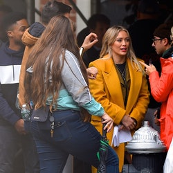 Hilary Duff filming the 'Lizzie McGuire' revival in 2019