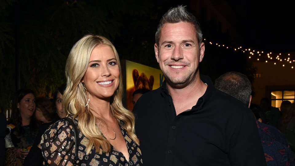 Christina and Ant Anstead's blended family help bathe their newborn son, Hudson.