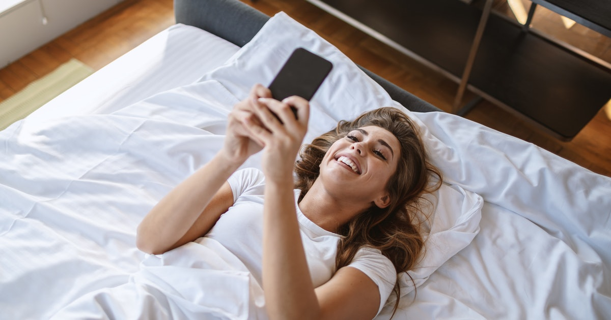 The Text Your Partner Sends When They're Horny Depends On Their Zodiac Sign