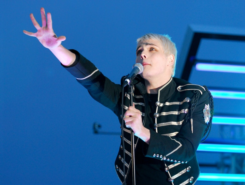 Gerard Way of My Chemical Romance performing at the 2006 MTV Video Music Awards