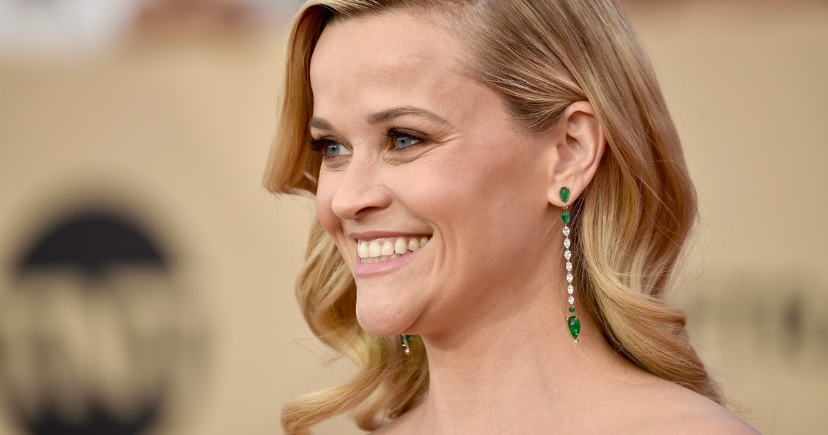 Reese Witherspoon Recalls Breastfeeding On The Set Of 'Friends' At Age 23