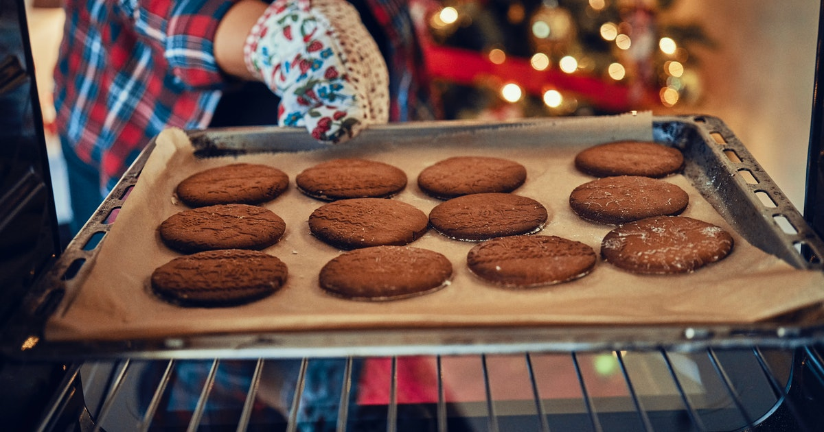 8 Common Cookie Baking Mistakes To Avoid This Holiday Season