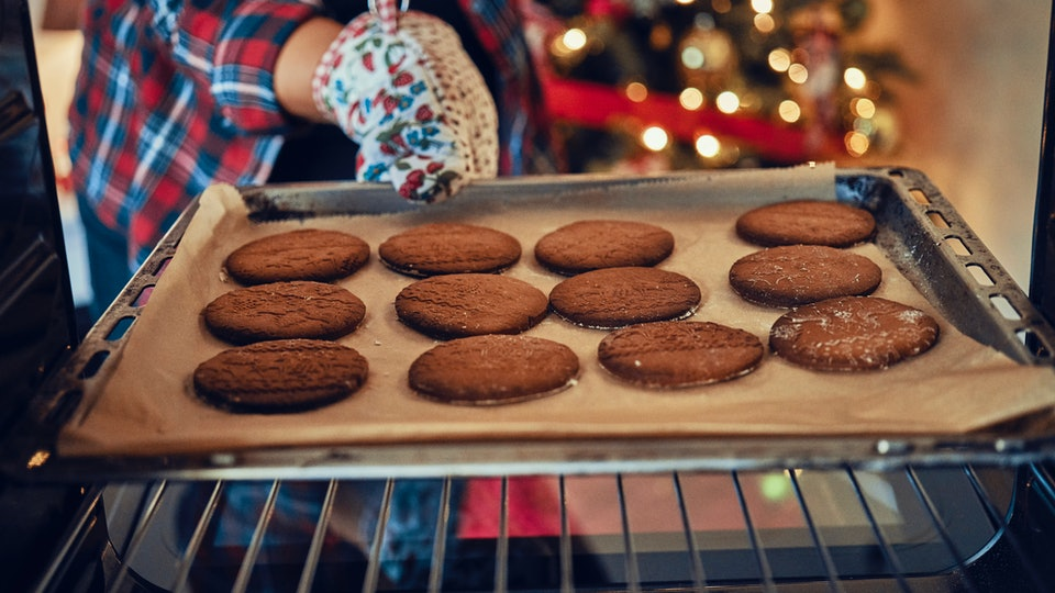 Avoiding burnt cookies, flat cookies, and cookies that break can be done this holiday season, experts say.