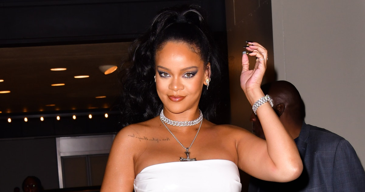Rihanna's Reaction To A Friend Asking About New Music Will Make You Cackle