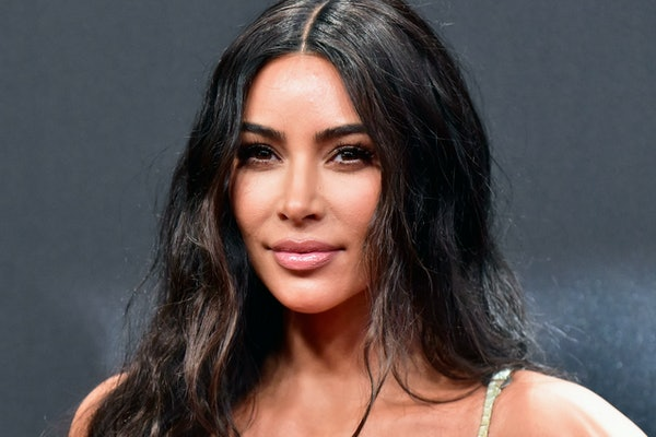 Kim Kardashian, star of 'Keeping Up With The Kardashians,' breaks the internet for her unique way of eating M&Ms
