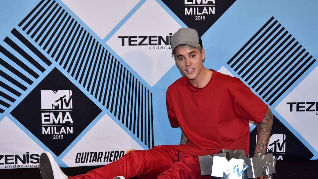 Justin Bieber's Response To Taylor Swift's Label Drama is enough said. The singer apparently does not support Swift's claims.