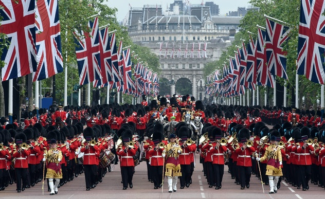 Although a great route for parades, The Mall in London wouldn't work well as an emergency airstrip for the royal family as one myth suggests.