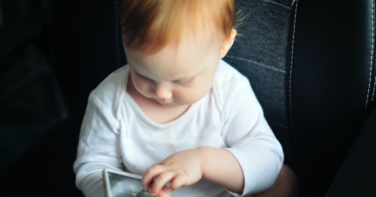 Why Do Babies Love Cell Phones? Bright Screens Are Only Part Of It