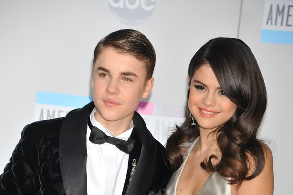 "The Mashup Of Selena Gomez's ""Lose You To Love Me"" & Justin Bieber's ""Sorry"" Is Devastating."