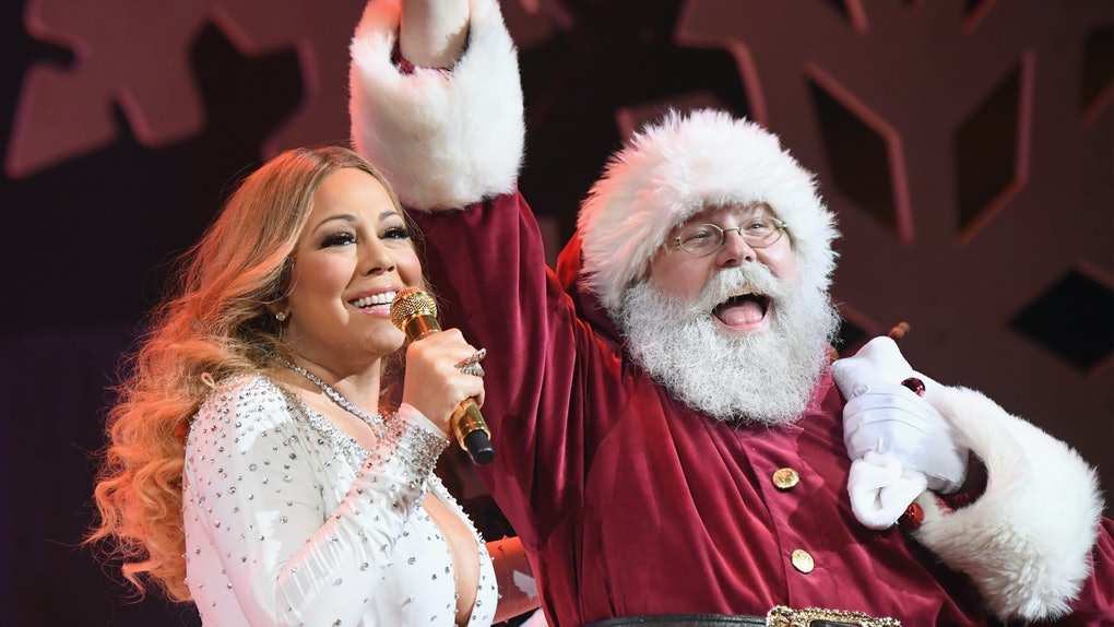 Mariah Carey performs live at a Christmas concert.