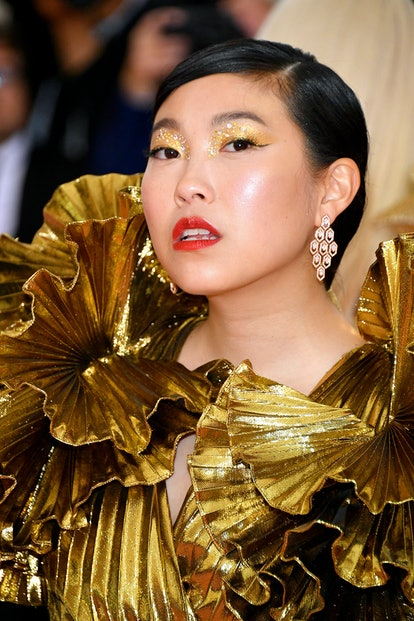 Holiday party makeup ideas inspired by the Met Gala