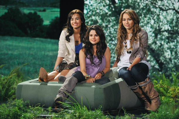 Miley Cyrus is one of the people Selena Gomez & Demi Lovato have in common.