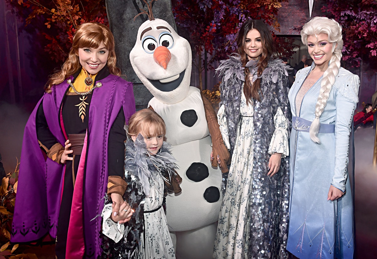 These Photos Of Selena Gomez & Her Sister At The 'Frozen 2' Premiere are adorable, and they even met...