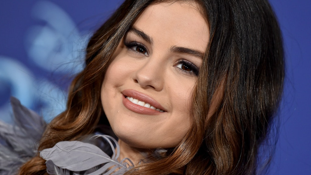 These Photos Of Selena Gomez & Her Sister At The 'Frozen 2' Premiere will melt your heart.