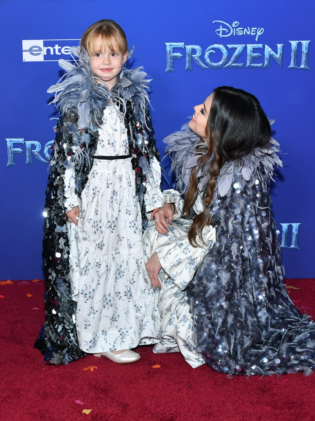 These Photos Of Selena Gomez & Her Sister At The 'Frozen 2' Premiere prove that Selena is the best b...